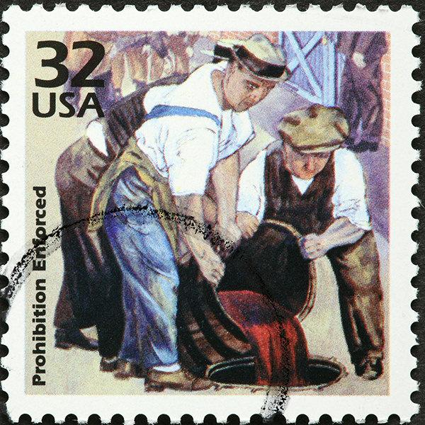 Auch Briefmarken der frühen 1930er Jahre thematisierten die Prohibition
