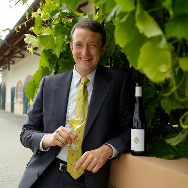 Seit 2005 ist Dr. Clemens Kiefer Weingutsdirektor