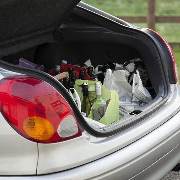 Weintransport im Auto: Immer die Temperatur im Auge behalten