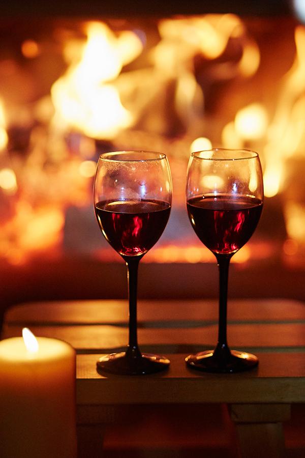 Rotwein in der kalten Jahreszeit geniessen